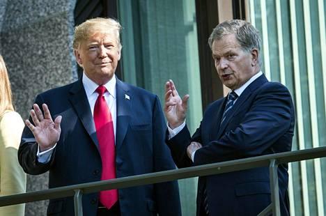 Donald Trump kävi huippukokouspäivän aamulla Mäntyniemessä presidentti Sauli Niinistön luona aamiaisella.