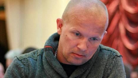 Jani Vilmunen pelaa netissä nimimerkillä Kiiski.