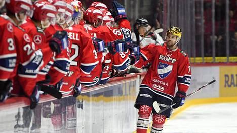 HIFK:n tähtihyökkääjä Teemu Turunen suuntaa Sveitsiin ensi kaudeksi.