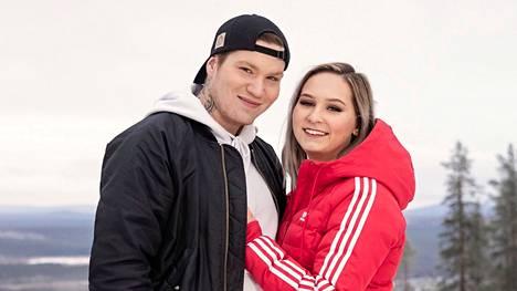 Mika ja Mirkku päätyivät eroon Temptation Island -ohjelman yhdeksännellä kaudella.