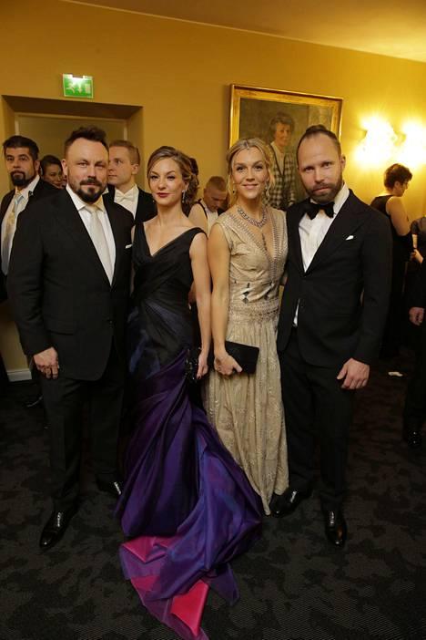 Riku Rantala ja Tunna Milonoff puolisoineen edustivat Linnan juhlissa viime vuonna.