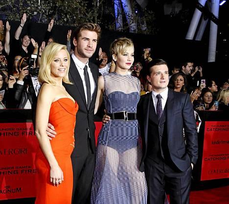 Näyttelijäkaartia: Elizabeth Banks, Liam Hemsworth, Jennifer Lawrence ja Josh Hutcherson