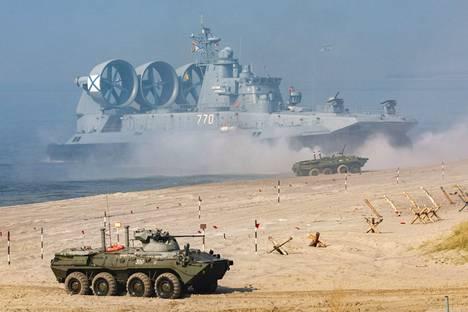 Harjoitukseen osallistui Venäjän ja Valko-Venäjän joukkoja.