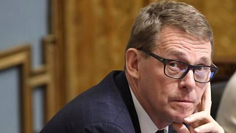 """Eduskunnan puhemies Matti Vanhanen (kesk) kertoo, että kun eduskunta osallistui viime vuonna """"tähän hienoon ideaan"""", oli henkenä se, että kyseessä on kertatapahtuma, jota ei automaattisesti toisteta."""