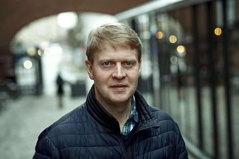 Viime vuodet päävalmentajana toiminut Rautakorpi johtaa nyt Tapparan urheilutoimintaa.