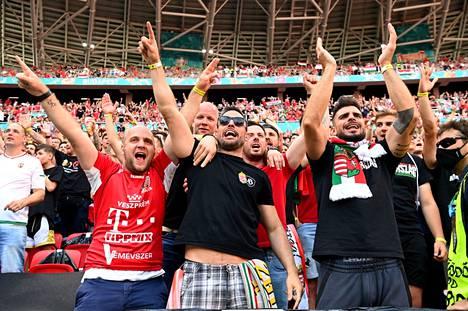 Meteli oli parhaimmillaan infernaalista, kun Unkarin fanit kannustivat omiaan.