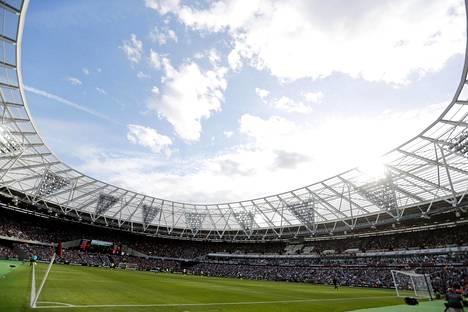 West Ham isännöi sunnuntaina uudella kotikentällään Bournemouthia.