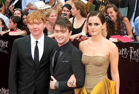 Rupert Grint, Daniel Radcliffe ja Emma Watson muodostivat Harry Potterin supersuositun velhokolmikon.