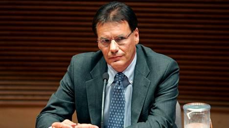 Kallasvuon nimitys Nokian seuraavaksi toimitusjohtajaksi julkaistiin vuoden 2005 puolella.