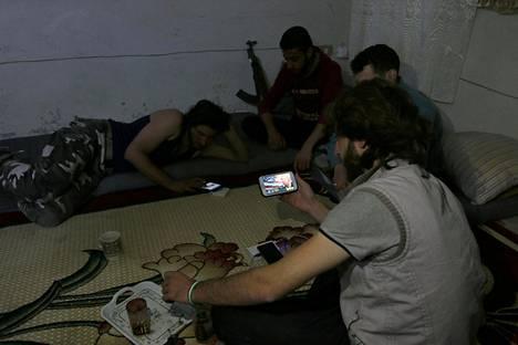 Yhdysvaltain vaaleja seurattiin myös Aleppon saarretuilla kapinallisalueilla.