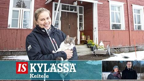 Yrittäjä Anne-Leena Pellikka pyörittää monenmoista bisnestä Keiteleellä, muun muassa ratsastustilaa, airbnb-majoitusta.