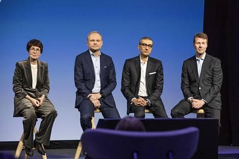 Sari Baldauf, Pekka Lundmark, Rajeev Suri ja Risto Siilasmaa Nokian tiedotustilaisuudessa.