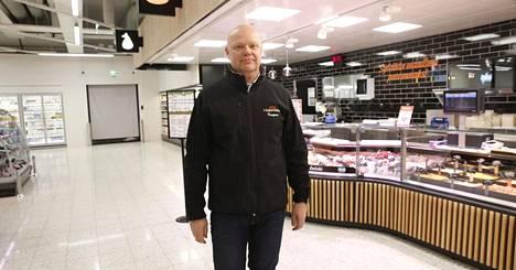 K-kauppias Petri Miettinen arvioi asiakasmäärien kasvuun, kun asukkaat ja toimistot muuttavat Triplaan.