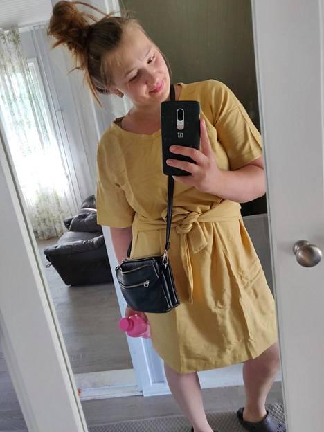 Jenna 26.6.2020. Nykyhetken paino on 84,2 kiloa.