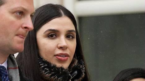 """Emma Coronel Aispuro oli lähes joka päivä seuraamassa miehensä Joaquin """"El Chapo"""" Guzmanin oikeudenkäyntiä New Yorkissa."""