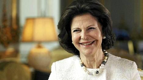 Ruotsin kuningatar Silvia kertoo Elisabeth Rehnin ohjelmassa avoimesti elämästään.
