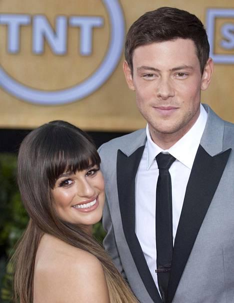Lea Michele ja Cory Monteith olivat pari niin tv-sarjassa kuin tosielämässä. Monteithin kuoleman jälkeen Micheleä ei nähty julkisuudessa kuukausiin.