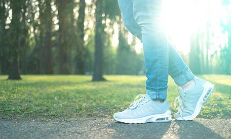 Ihan tavallinen kävely on lyömätön liikkumismuoto, joka sopii todella monille.