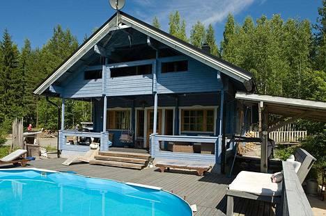 Talo ja 4 200 neliön tontti alle 100 000 eurolla on kiinnostanut ostajia.