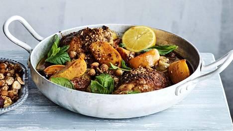 Persimonit saavat broileripadan maistumaan Välimeren auringolta.