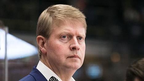 Jukka Rautakorpi työskentelee Tapparan urheilujohtajana. Hän on aiemmin ollut seuran SM-liigajoukkueen päävalmentajana.