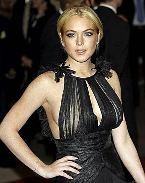 Lindsay Lohan yrittää toipua päihdeongelmistaan.