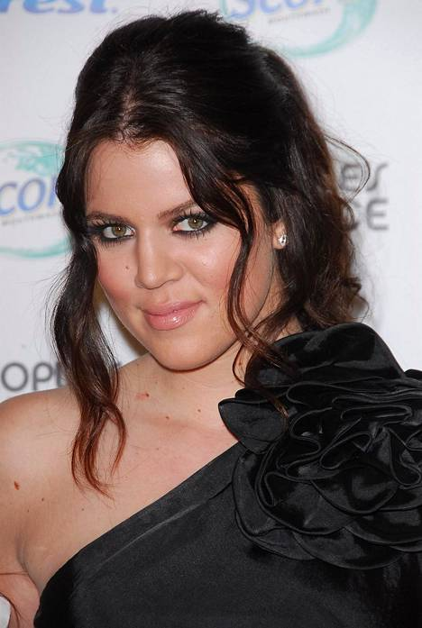 Tältä Khloé Kardashian näytti vuonna 2007.