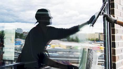 Pese ikkunat oikeassa järjestyksessä – kätevä apuri löytyy keittiön kaapeista