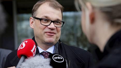 Keskustan puheenjohtaja Juha Sipilä johtaa hallitustunnusteluita.