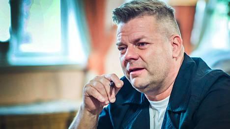 Jari Sillanpää kertoo Vain elämää -ohjelmassa, ettei tiedä, miksi kokee niin syvää surua.