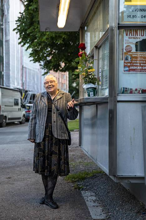 Aliisa Karhumäen mukaan nuoriso on nykyään erityisen hyväkäytöksistä.