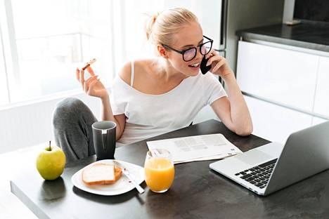 Istuminen ja runsaasti prosessoituja hiilihydraatteja sekä sokeria sisältävä ruokavalio ei ole suolistolle ihanteellista.