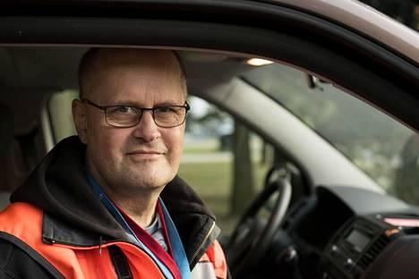 Juha Kasari on tehnyt Saapaspartiointia Itä-Helsingissä jo 30 vuotta.