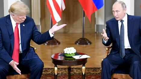 Donald Trump ja Vladimir Putin puhuivat Helsingissä kahden kesken pari tuntia. Läsnä olivat heidän lisäkseen vain molempien omat tulkit.