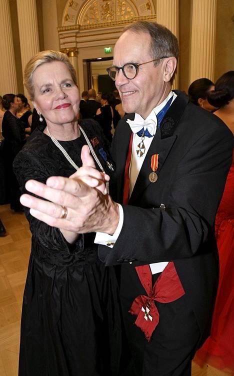 Jorma Ollila ja vaimo Liisa.