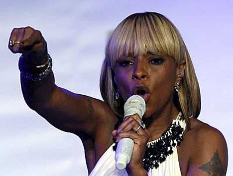 Mary J. Blige raotti paksua lompakkoaan onnettoman shoppailijan hyväksi.