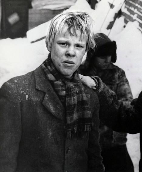 Vesa-Matti Loiri teki elokuvadebyyttinsä vuonna 1962 elokuvassa Pojat.