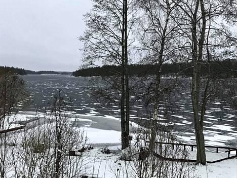 Aamulla 29.12. jäätä oli silmänkantamattomiin.