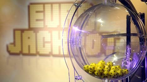 Eurojackpot-peliä on voinut pelata vuodesta 2012 lähtien.