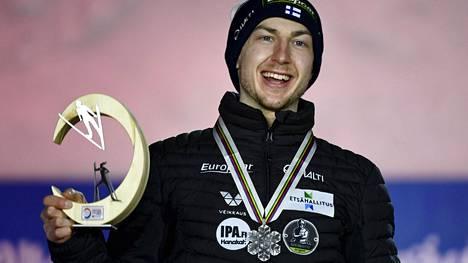 Menestys näkyi myös mukavina tienesteinä. Ilkka Herolan kausi toi MM-hopeaa ja reilun 51000 euron edestä palkintorahoja.