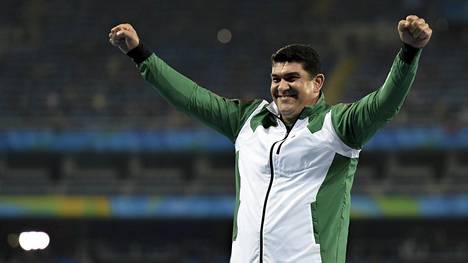 Dilshod Nazarov voitti olympiakultaa Rio de Janeirossa 2016.