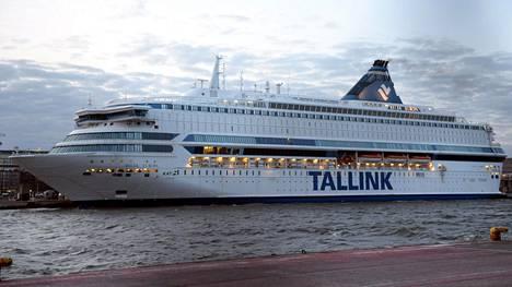 Silja Europan Tallinnan risteilyllä 30.6.–1.7. lieväoireinen henkilö on oleskellut pidempiä aikoja laivan yleisissä tiloissa.