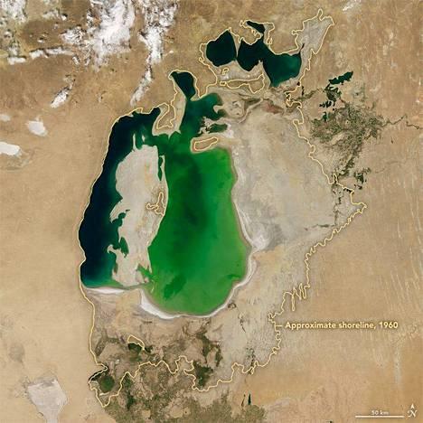 Araljärvi vuonna 2000.