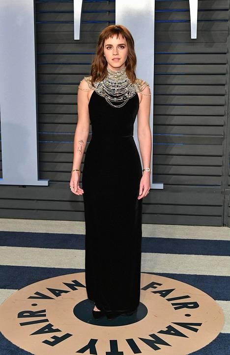 Watson oli puketunut Vanity Fairin juhliin kokomustaan. Viihdealan ammattilaiset ovat ottaneet värillä kantaa ahdisteluvyyhtiin, joka Hollywoodista paljastui viime vuonna.
