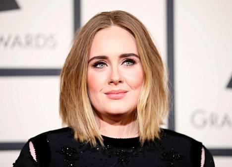 Adele on pysytellyt viimeiset vuodet varsin piilossa julkisuudelta.