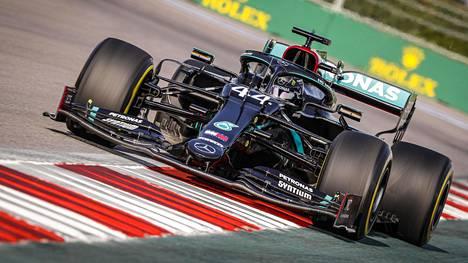 Lewis Hamilton Sotshin F1-radalla.