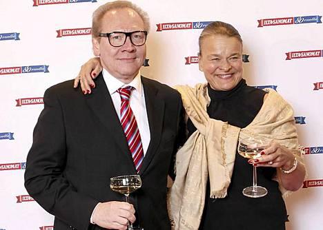 Entinen iltisläinen, kirjailija Jari Tervo tapasi takavuosien kollegansa Rita Tainolan.
