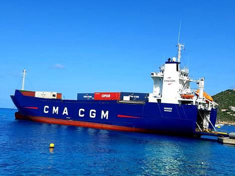 Peräporttialus Mimerin omistaa ahvenanmaalainen perheyritys, mutta se kiertelee tällä hetkellä Karibianmeren satamia ranskalaisvarustamolle vuokrattuna.