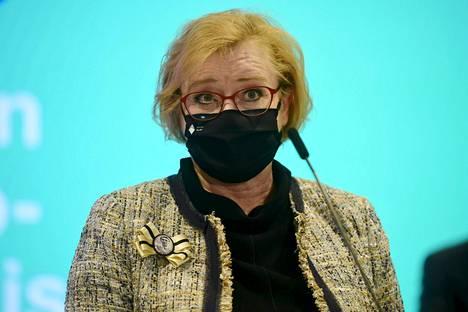 """Vantaan kaupunginjohtaja Ritva Viljanen sanoi, että ravintolatoiminnan rajoitukset kohdistetaan """"riskiravintoloihin""""."""