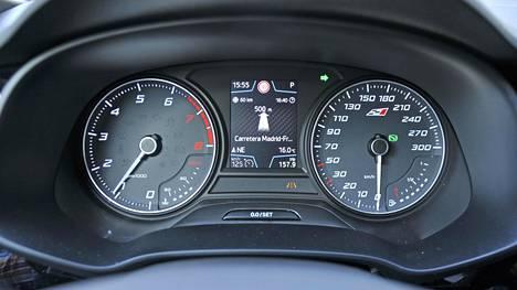 Seat Leon ST 2.0 TSI 300 4Drive Cupra. Perhefarmari, jossa on neliveto ja 300 hevosvoimaa.